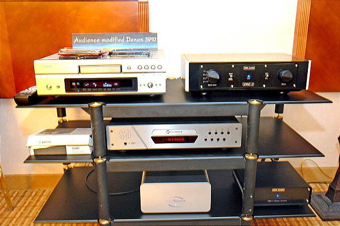 UDP-1 Universal Disc Player