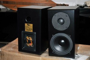 Totem Mite Speakers black finish