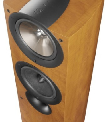 KEF iQ7 Speakers