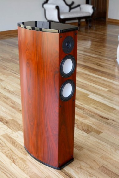 Onix tower speaker