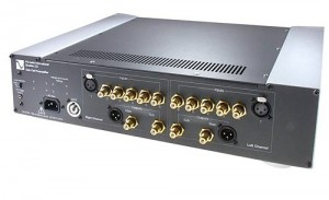 PS Audio GCP-200 preamp back
