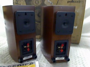 Polk Audio RTi A3 back