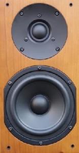 AV123 ELT525M Monitor front