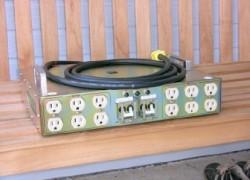 Monarchy Audio M150 2000 Watt AC Power Supply