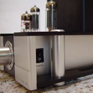 "Tec-on Model ""55"" Integrated Amp/USB DAC switch"