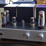 Xindak MT-3 Tube Stereo Integrated Amplifier