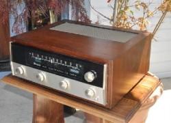 McIntosh Model MR67 FM Stereophonic Tube Tuner