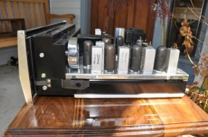 McIntosh Model MR67 FM Stereophonic Tube Tuner side