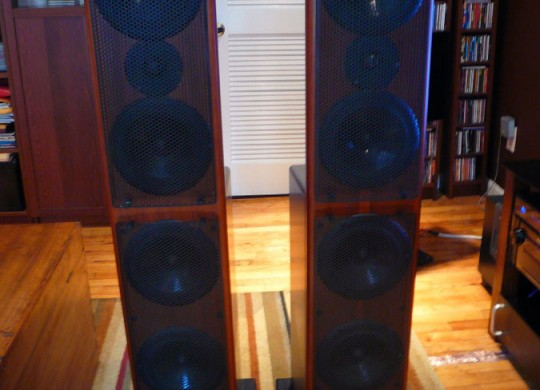 AV123 x-statik Floorstanding Speakers