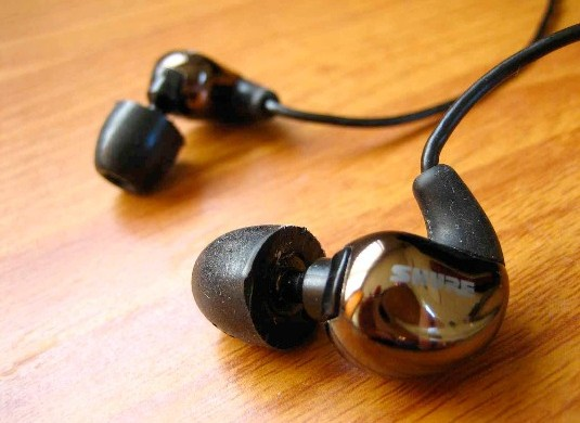 Shure SE530 Review: A Guilty Pleasure – For Your Ears