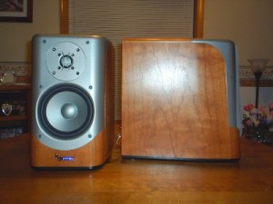 Infinity Kappa 200 Loudspeakers Front and side
