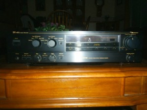 Nakamichi SR-4A Receiver Front