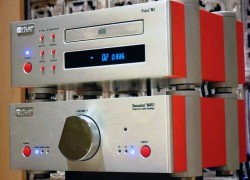 Virtue Audio Sensation M451 Integrated Amplifier and Piano M1 CD Player