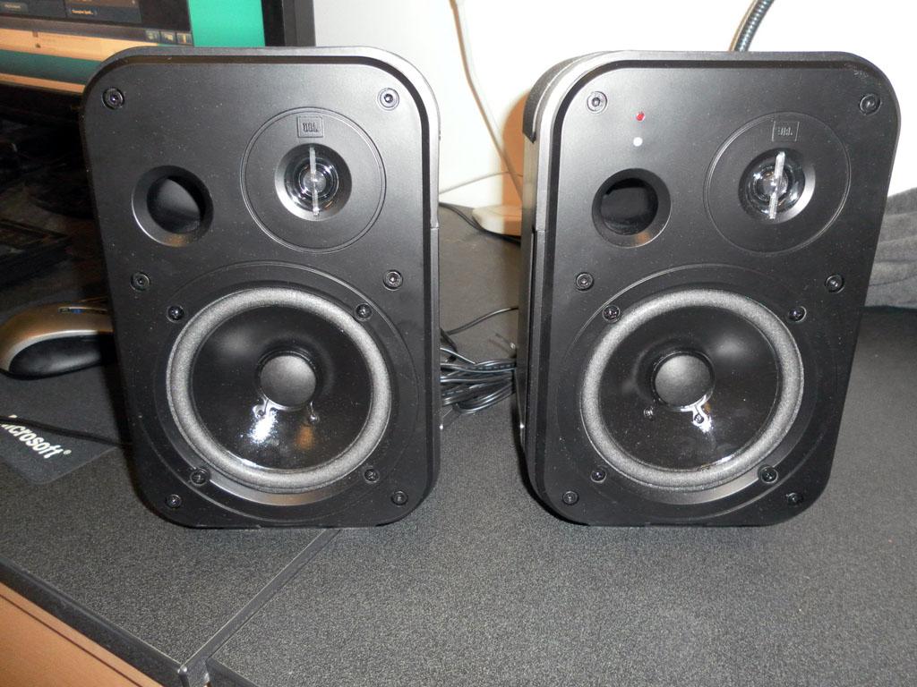 JBL Control 2P Powered Desktop Monitors | Hi-Fi Systems