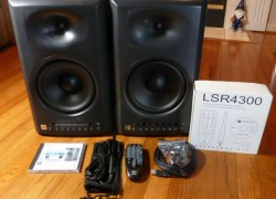 JBL LSR4328P Studio Monitors
