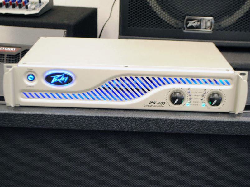 Peavey IPR 1600 Amplifier