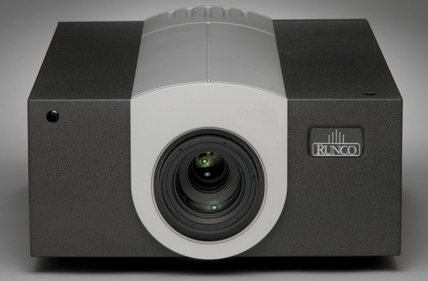 Runco VX-33i and VX-33d DLP Projectors